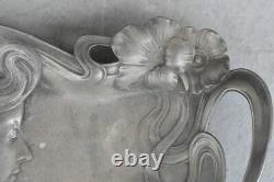 Empty Art Nouveau-style Tin Pocket 1900 Young Woman