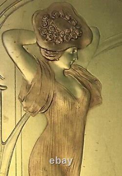 Engraving Paper Embossé Doré Portrait Woman Elegant Art Nouveau Style Mucha 1900