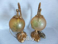 Important Pair Of Lamp In Bronze And Colored Glass Art Nouveau