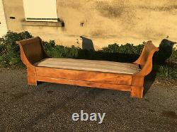 Louis Philippe Walnut Bench And 19th Century, Boat Bed Style
