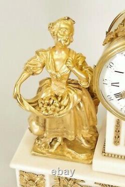 Louis XVI Golden Bronze Pendulum