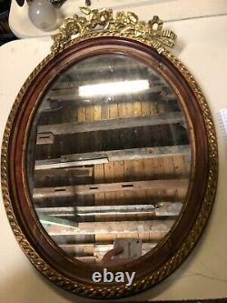 Old Style Frame With Metallverzierung Art Nouveau With Mirror Wood Suspension
