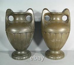 Pair Of Vases In Regular Period 1900 / Vase Style Art Nouveau / Amphore 1900