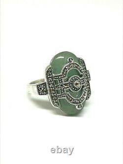 Bague en argent 925/1000 style art déco, jade vert et marcassite