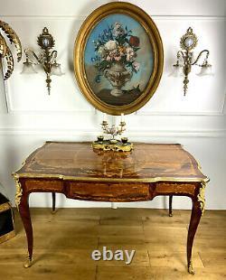 Bureau Plat Ancien En Marqueterie Toutes Faces Orné De Bronze De Style Louis XV