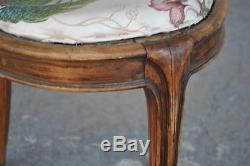 Chaise en hêtre 1900 de style Art nouveau aux chardons