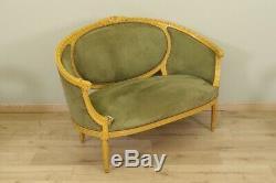 Deux fauteuils et un canapé style Louis XVI bois peint