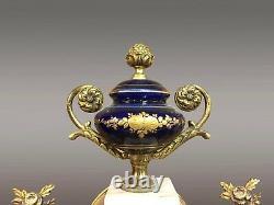 Ganiture de cheminée style porcelaine Sèvres