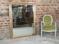 Glace / miroir de style Louis Philippe en bois doré 138 x 110 cm