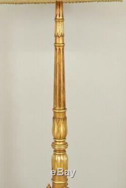 Lampadaire bois doré style Louis XVI