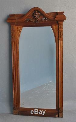 Miroir sculpté en chêne 1900 de style Art nouveau