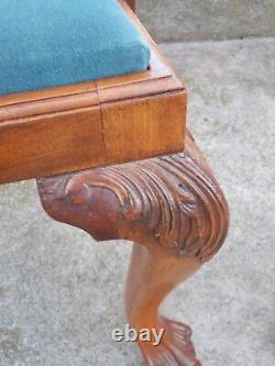 Paire de fauteuils anciens style Chippendale acajou