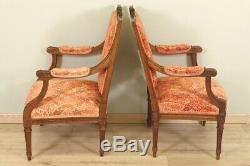 Paire de fauteuils style Louis XVI noyer dos plat