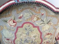 Paire fauteuils de style regence tapisserie aubusson