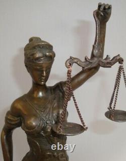 Statue La justice Themis Style Art Deco Style Art Nouveau Bronze massif