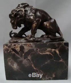Statue Lion Serpent Style Art Deco Style Art Nouveau Bronze massif Signe