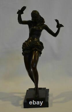 Statue en bronze de la danseuse de la liberté de style art déco nouveau