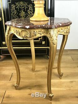 Table / Guéridon / En Bois Sculpté Et Doré Style Louis XV Avec Un Dessus Marbre