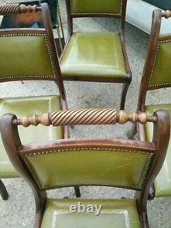 Table et 4 chaises de Salle à manger dessus cuir, style anglais acajou