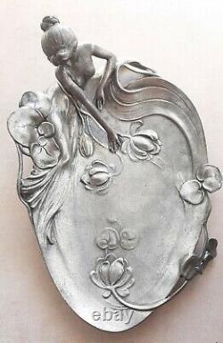 Vide poche style Art Nouveau en Étain